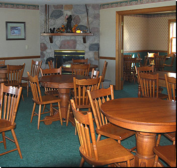 Black Squirrel Golf Club Dining Room